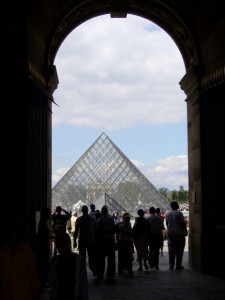 french study abroad the louvre