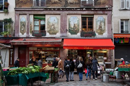 Rue Mouffetard [Photo Credit: Flickr User besopha, CC BY 2.0]
