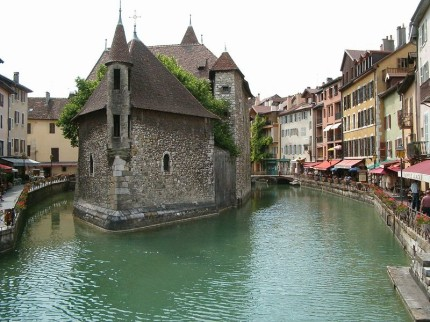 Annecy [Photo Credit: Creative Commons 2.0, Sergio]